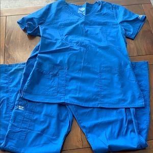 Women's Scrubs Shirt and Pants- Size M